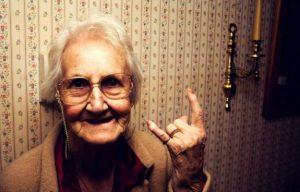 šaljive čestitke za mirovinu Prigodne čestitke za odlazak u penziju | PORUKE I ČESTITKE šaljive čestitke za mirovinu