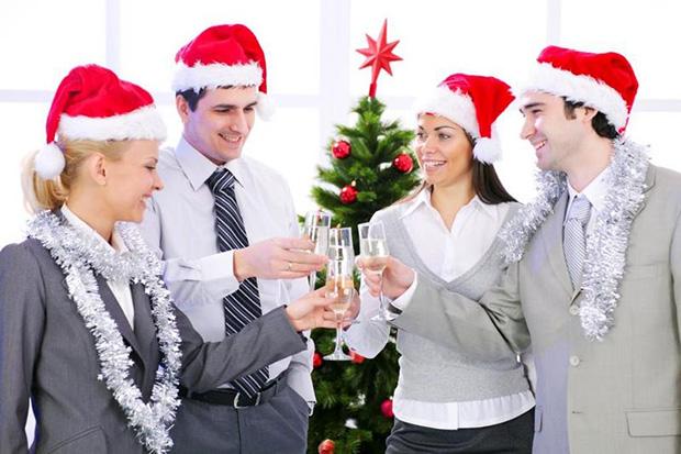 poslovne božićne i novogodišnje čestitke tekst Poslovne čestitke za Božić i Novu Godinu | PORUKE I ČESTITKE poslovne božićne i novogodišnje čestitke tekst