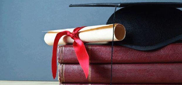 čestitke za doktoriranje Čestitke za odbranu doktorata i magistarskog rada | PORUKE I ČESTITKE čestitke za doktoriranje